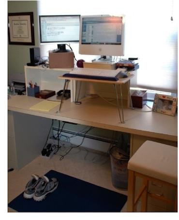 Lavorare in piedi o camminando con il mac spider mac for Scrivania low cost