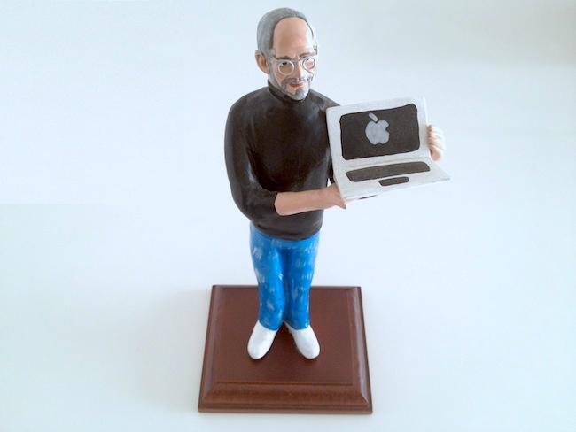 Steve Jobs statuita Presepe MacBook