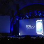 Samsung presenta il Galaxy S4 per sfidare l'iPhone 5