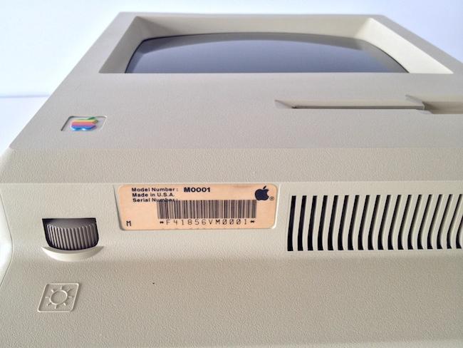 Macintosh 128K modello 001