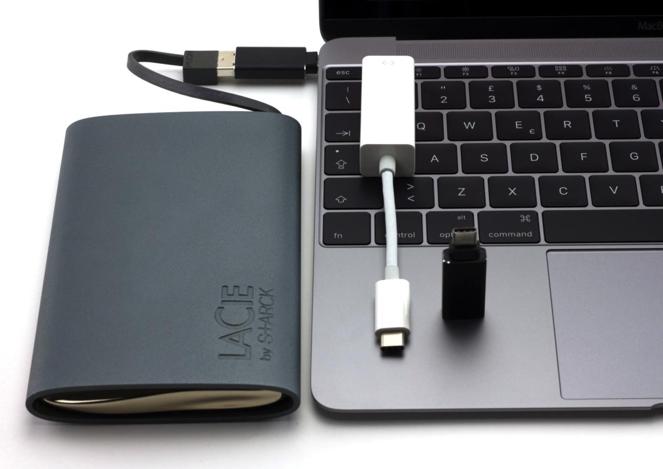 MacBook Pro USB C adattaori