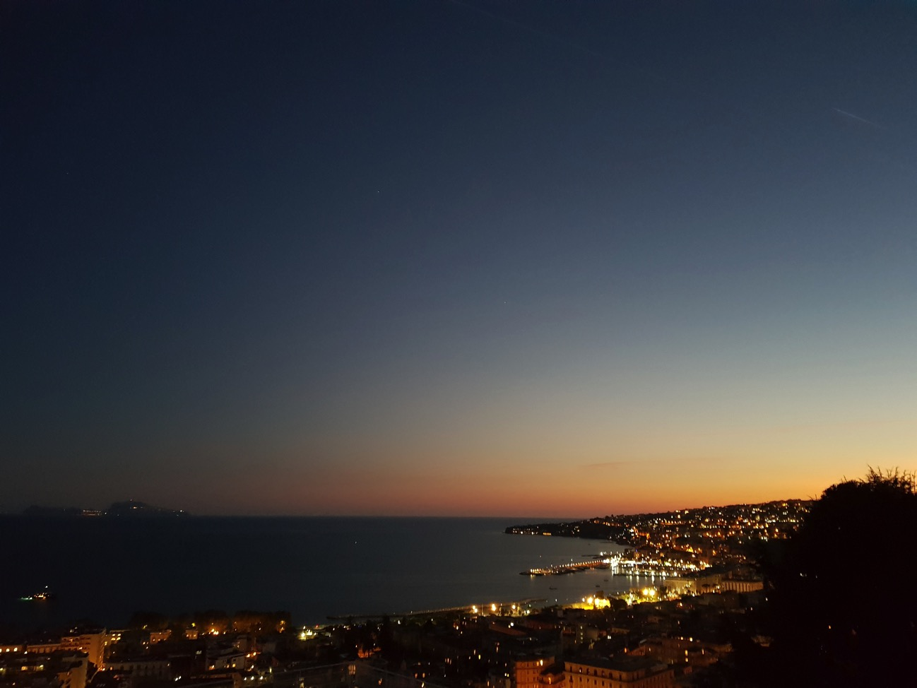 Note 8 pano tramonto