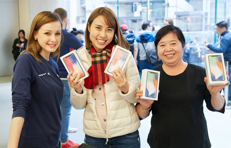 IPhoneX Launch GeorgeStreet Sydney multiple purchase 20171102