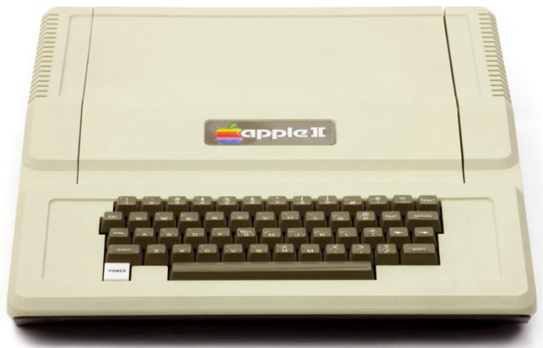 Apple II 02 780x500