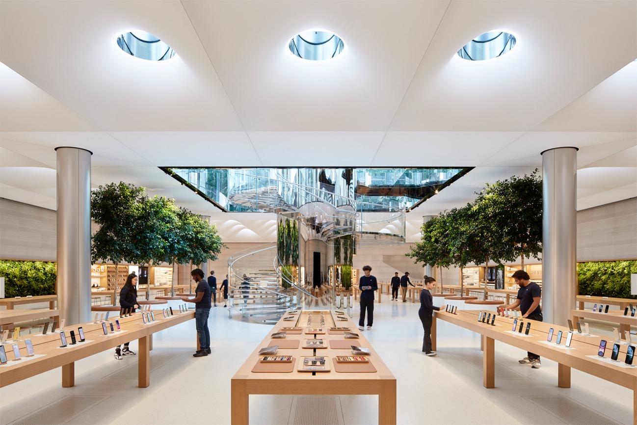Apple Store fifth avenue new york redesign interior 091919