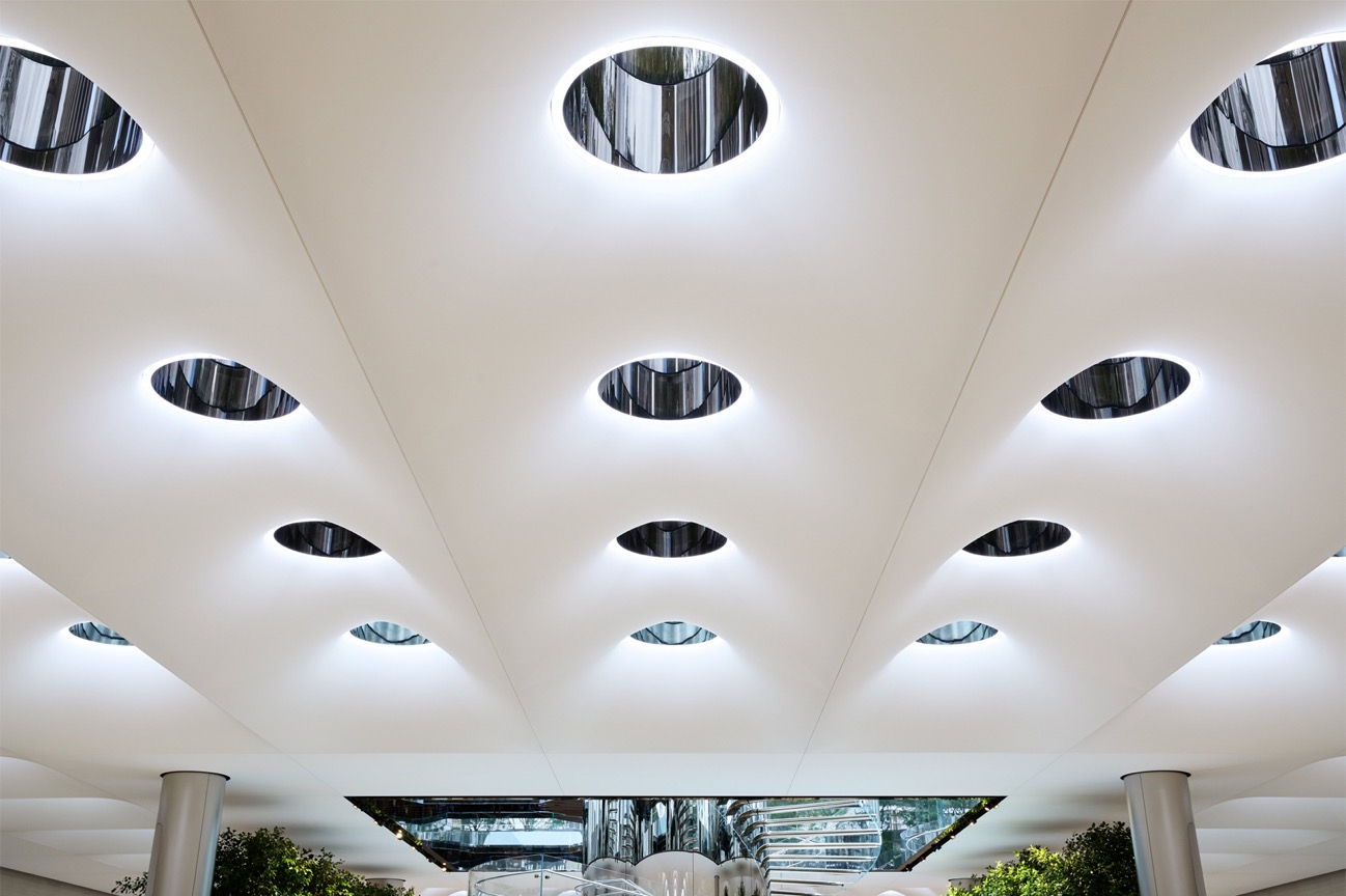 Apple Store fifth avenue new york skylights and skylenses 091919