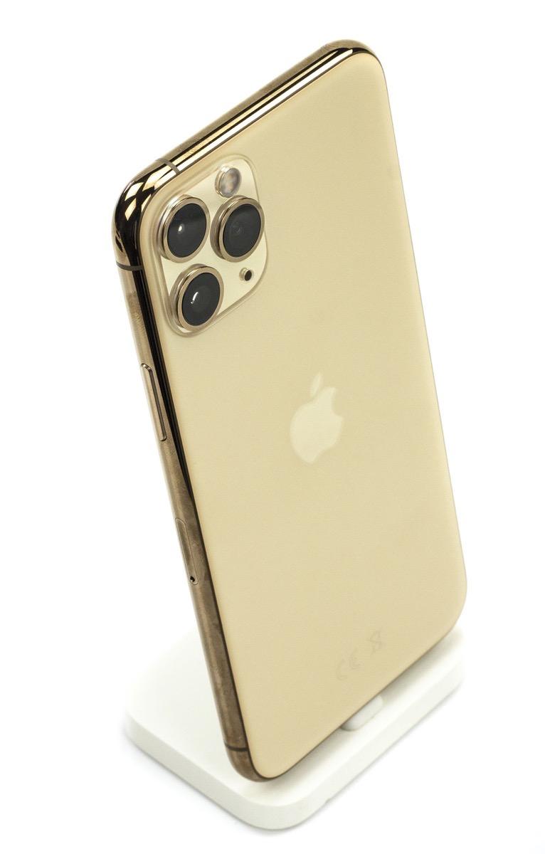 Unboxing iPhone 11 Pro